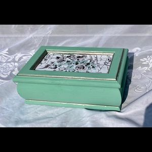 Light Green Vintage Wooden Jewelry Box